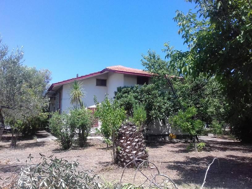 Villa 6 locali in vendita a Ortona (CH)
