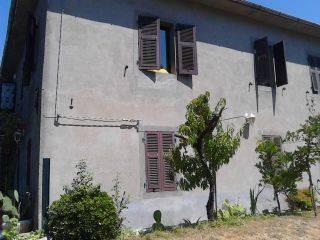 Casa indipendente quadrilocale in affitto a Pontremoli (MS)