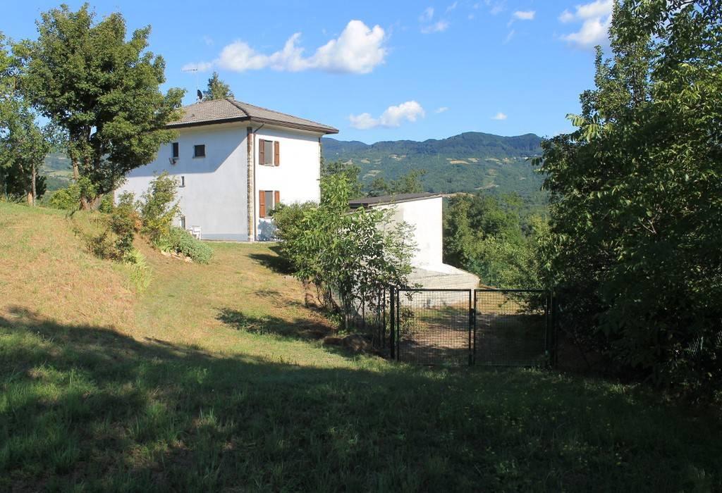 Casa indipendente 6 locali in vendita a Berceto (PR)