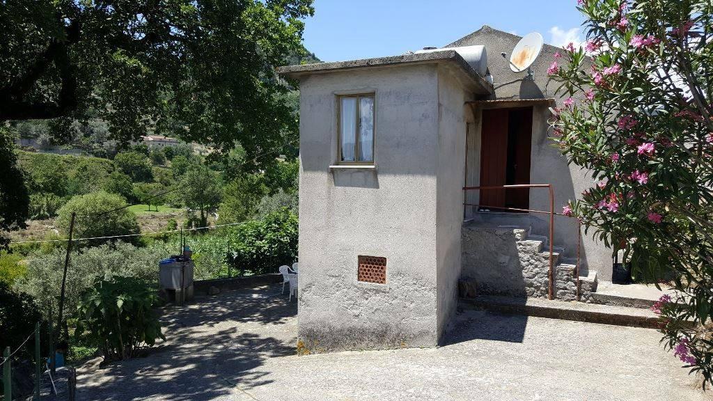 Appartamento in vendita a Grotteria, 4 locali, prezzo € 35.000 | CambioCasa.it