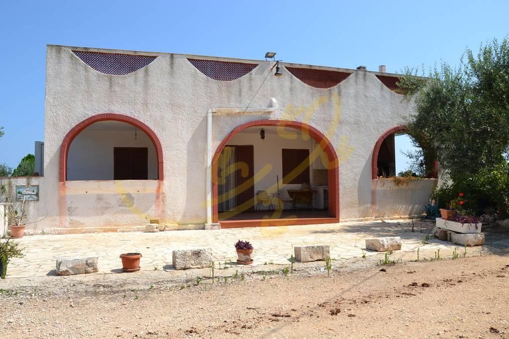 Villa da ristrutturare in vendita Rif. 7473491