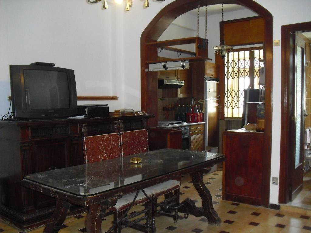 Appartamento in buone condizioni arredato in affitto Rif. 7473873