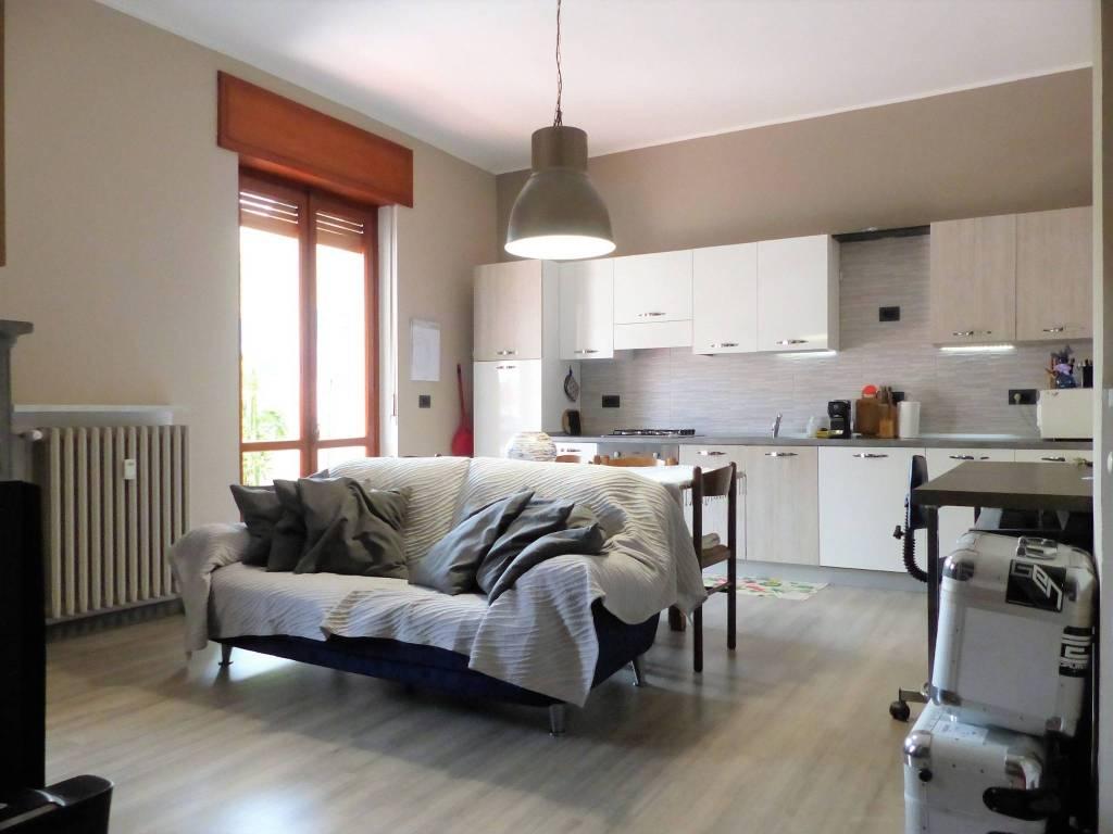 Appartamento in ottime condizioni in vendita Rif. 7475559