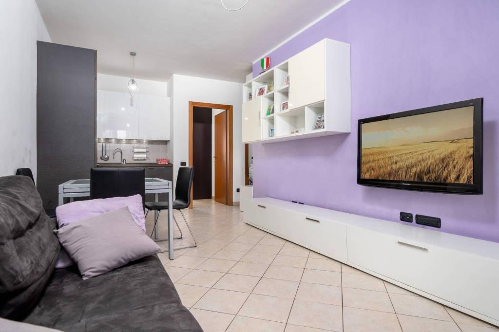 Appartamento in ottime condizioni in vendita Rif. 7466992