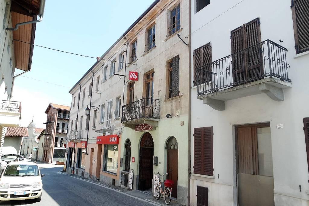 Stabile / Palazzo in ottime condizioni arredato in vendita Rif. 7475036