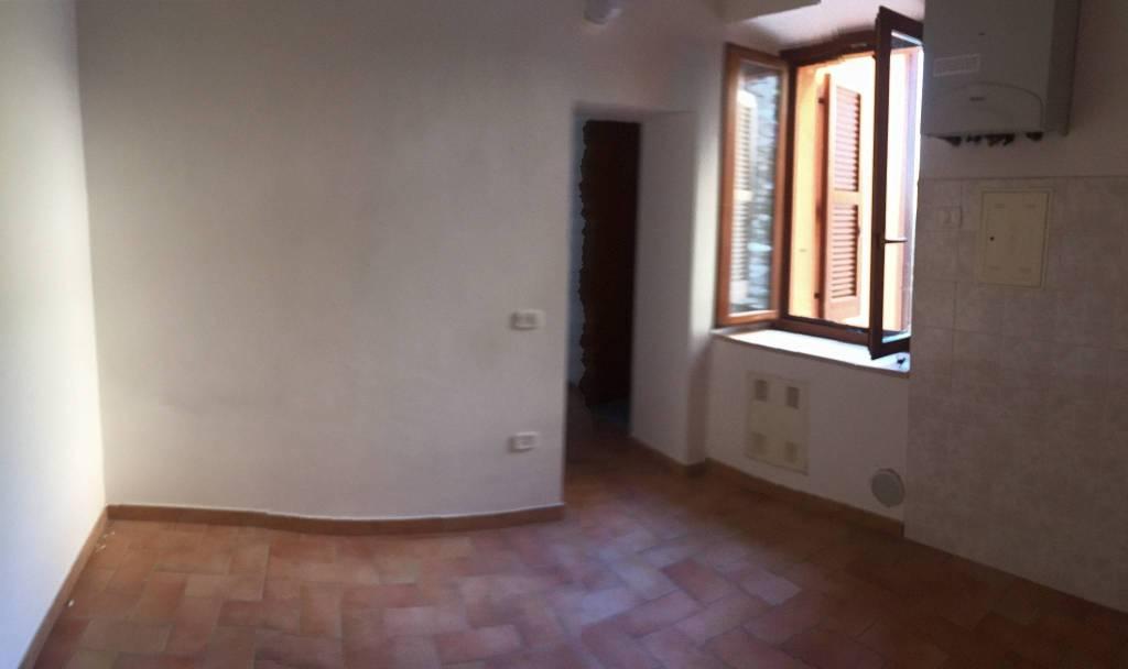 Appartamento in ottime condizioni in vendita Rif. 8617969