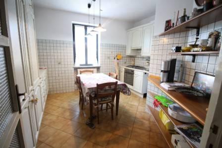 Appartamento in vendita via Alcide De Gasperi 51 Almenno San Bartolomeo