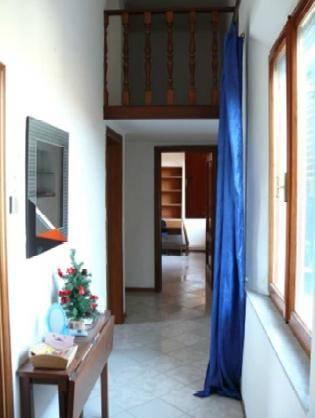 Appartamento in buone condizioni arredato in affitto Rif. 7482183