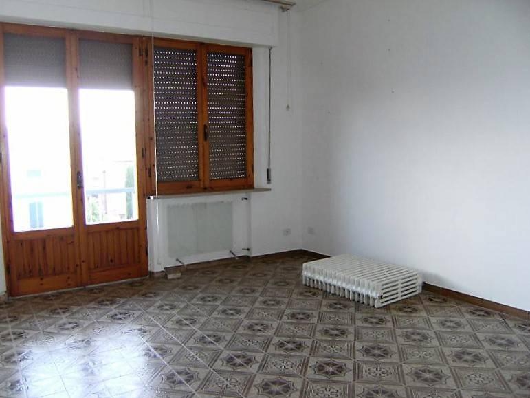 Appartamento in buone condizioni in vendita Rif. 7483796