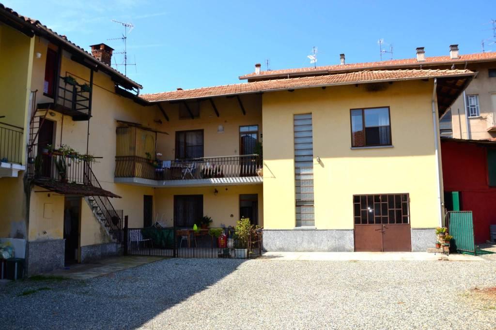 Casa Indipendente in buone condizioni in vendita Rif. 7484562