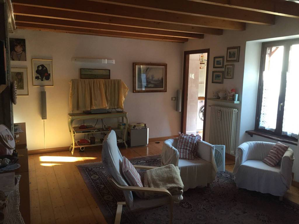 Appartamento in buone condizioni in vendita Rif. 7497870