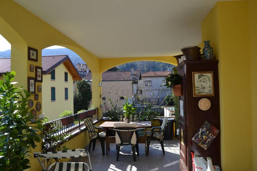 Appartamento in ottime condizioni in vendita Rif. 7483762