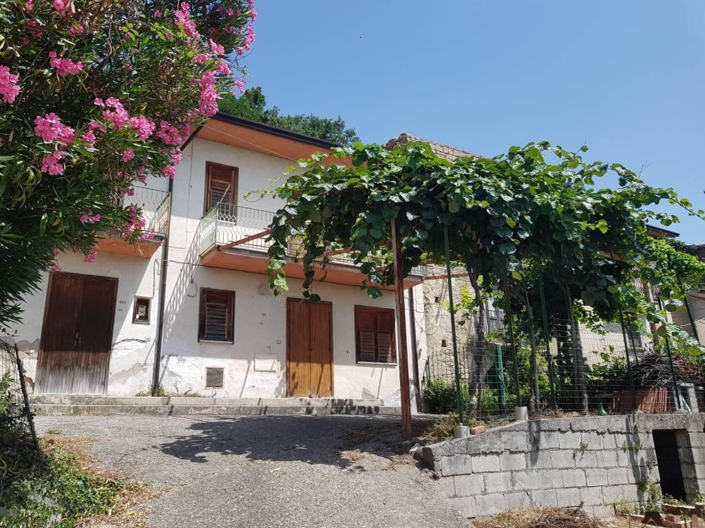 Casa Indipendente da ristrutturare in vendita Rif. 9139644