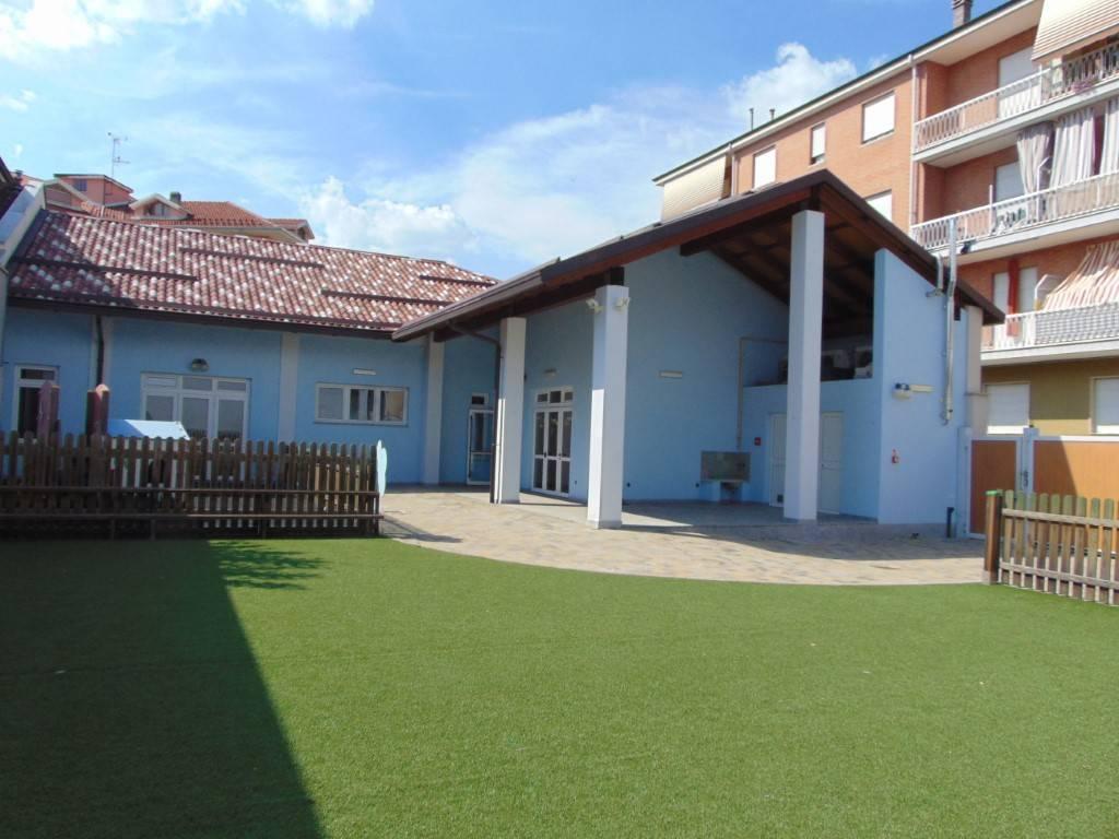 Negozio / Locale in affitto a Nizza Monferrato, 6 locali, prezzo € 1.200 | CambioCasa.it