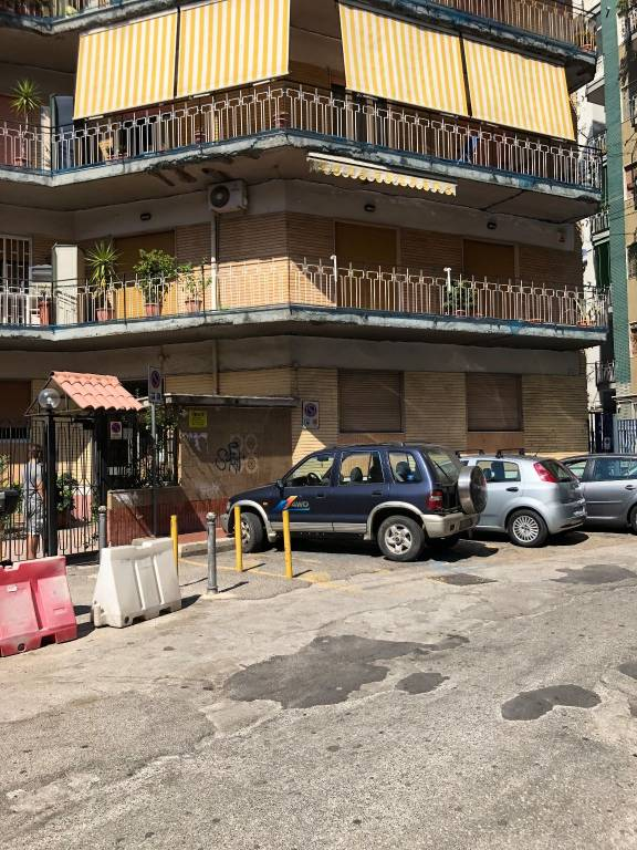 Appartamento in buone condizioni in affitto Rif. 7484318