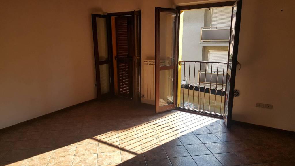 Appartamento in ottime condizioni in affitto Rif. 7295185