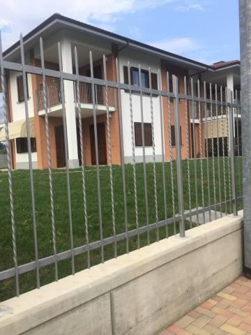 Appartamento in affitto a Bricherasio, 4 locali, prezzo € 600 | Cambio Casa.it