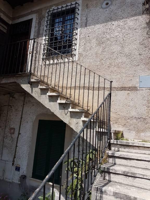 Appartamento in vendita a Castelnuovo di Porto, 2 locali, prezzo € 135.000 | CambioCasa.it