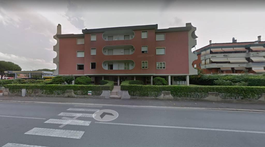 Appartamento da ristrutturare in vendita Rif. 7497200