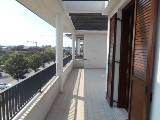 11-856 attico con doppi servizi e ampie terrazze