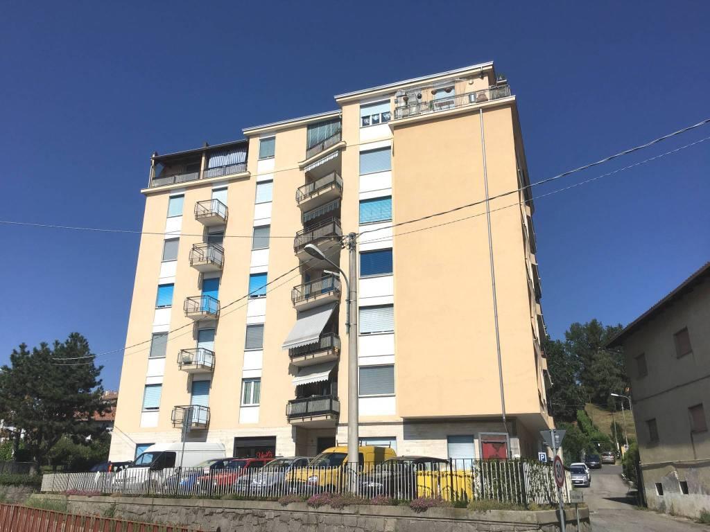 Conveniente alloggio di 70 mq al 4° piano