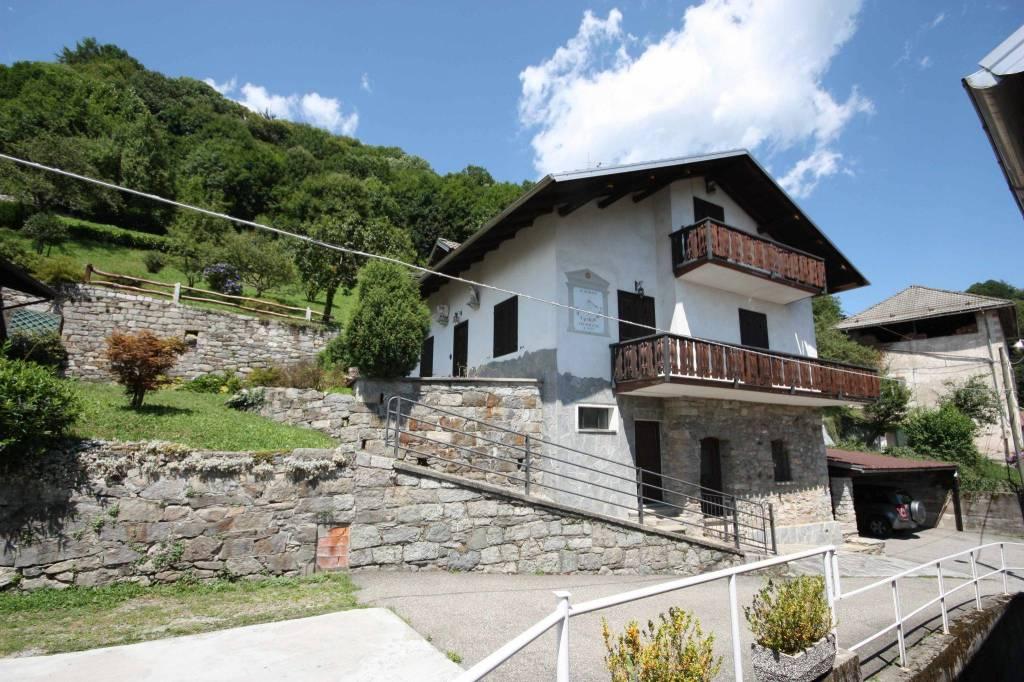 Villa in ottime condizioni in vendita Rif. 7495882