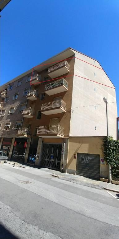 Appartamento in buone condizioni in affitto Rif. 7504009