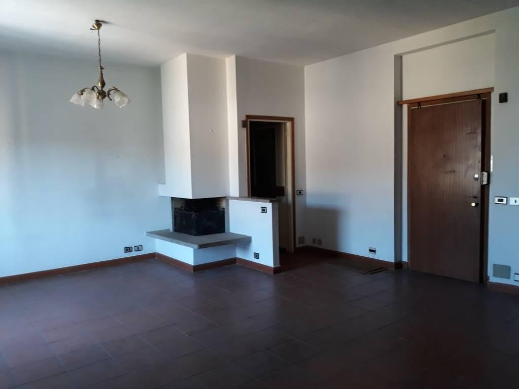 Appartamento da ristrutturare in vendita Rif. 7505095