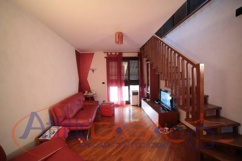 Appartamento in ottime condizioni in affitto Rif. 7507902