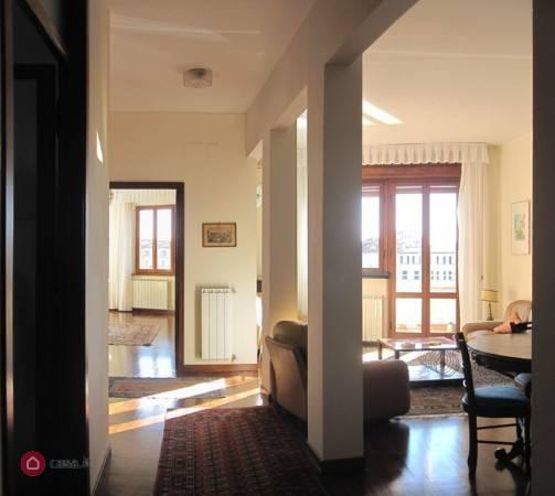 Pisa, Lungarni, Attico, 4 vani (Rif.SC15)