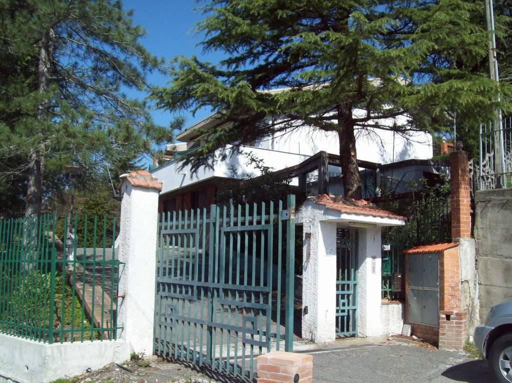 Villa a Schiera in vendita a Mornese, 6 locali, prezzo € 245.000 | CambioCasa.it