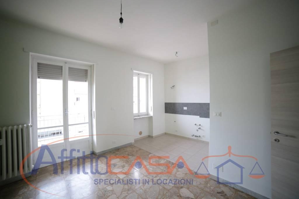 Appartamento in buone condizioni in affitto Rif. 7578411