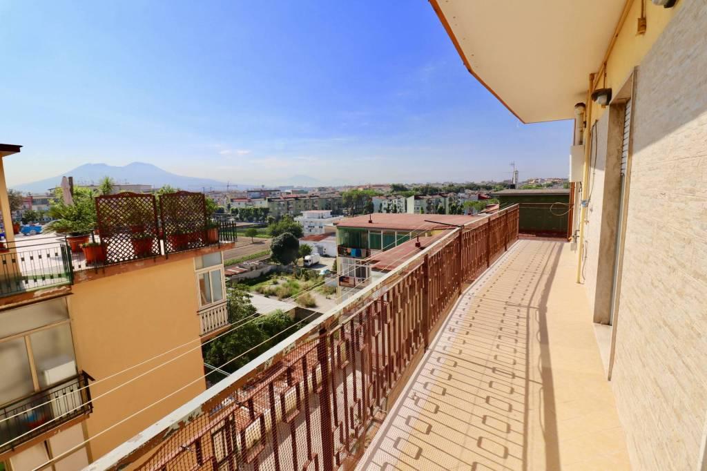 Appartamento in buone condizioni in vendita Rif. 7503964