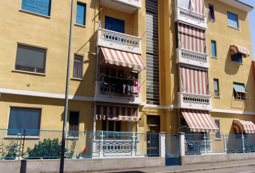 Appartamento in buone condizioni in vendita Rif. 7505246