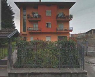 Appartamento in buone condizioni in vendita Rif. 7552948