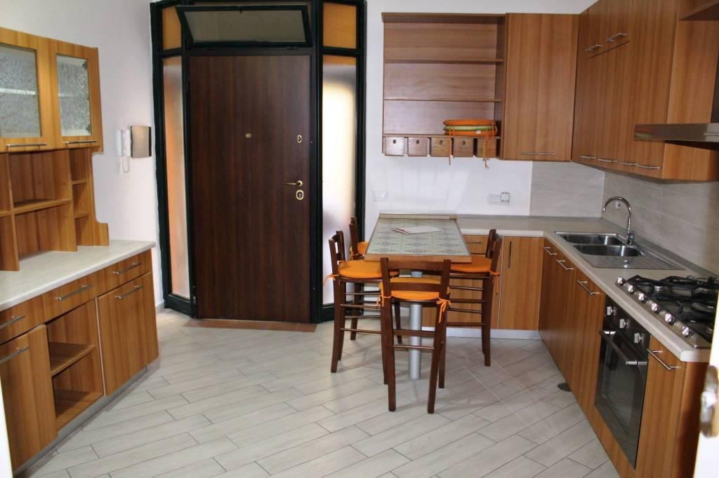 Appartamento in ottime condizioni arredato in vendita Rif. 7506701