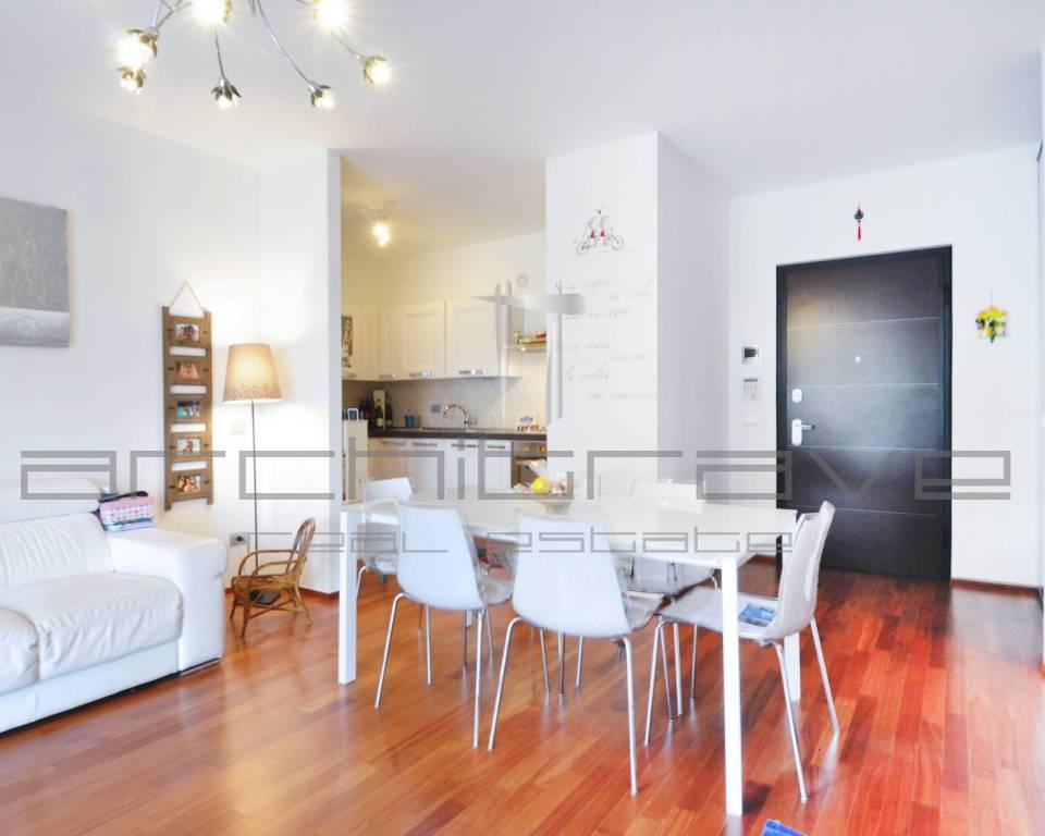 Appartamento in ottime condizioni in vendita Rif. 7504580