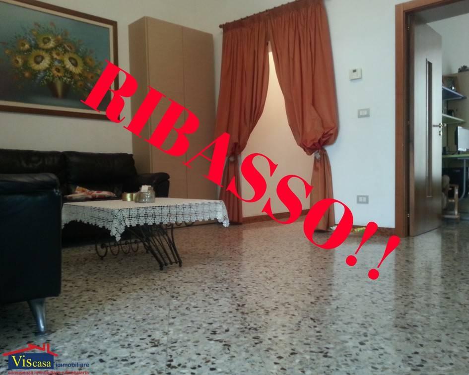 Appartamento in buone condizioni in vendita Rif. 7504327