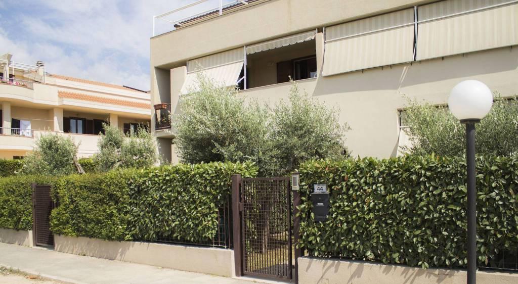 Appartamento in ottime condizioni in vendita Rif. 7508348