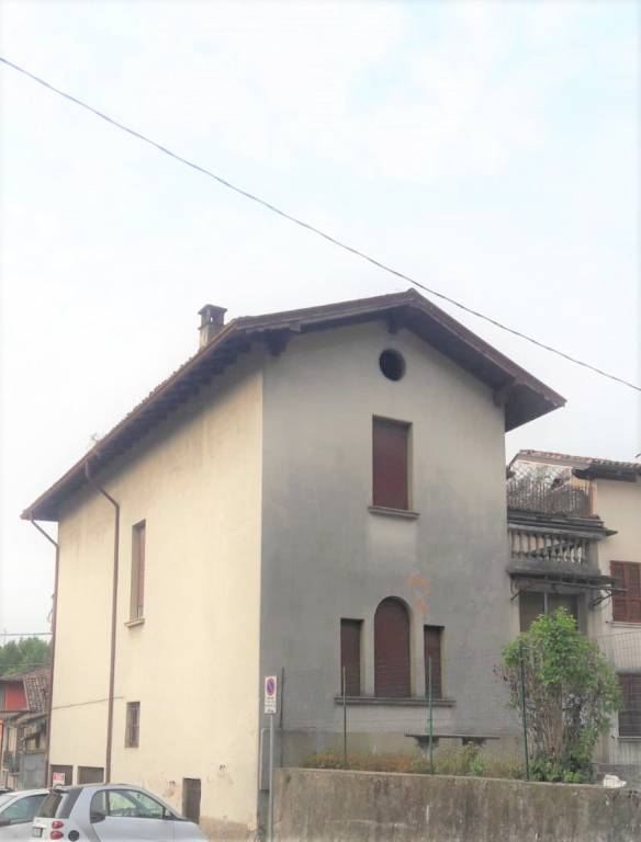 Villa in vendita a Gardone Val Trompia, 6 locali, prezzo € 239.000   PortaleAgenzieImmobiliari.it