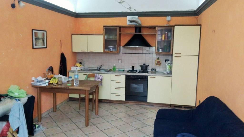 Appartamento in buone condizioni arredato in affitto Rif. 7518190