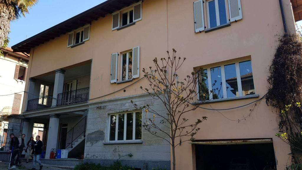 Appartamento in ottime condizioni in vendita Rif. 7519273
