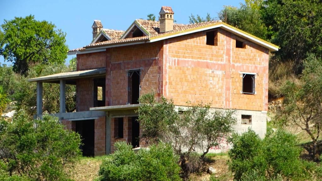 Fara in Sabina Rustico di Villa di 340 a 5km dalla Salaria