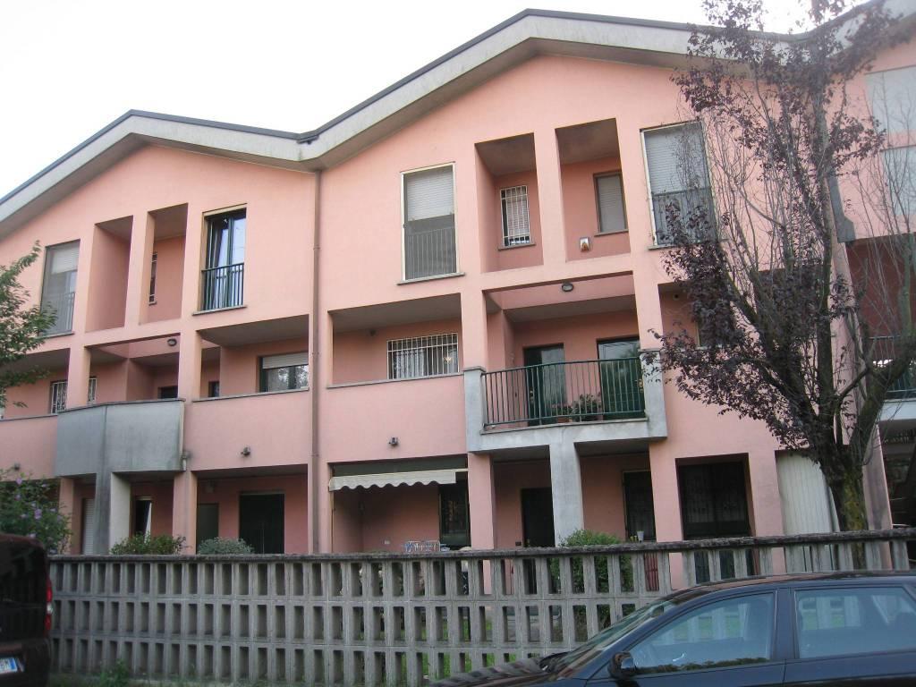Appartamento in buone condizioni in vendita Rif. 7516753