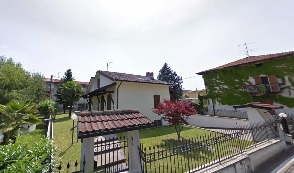 Ufficio / Studio in vendita a Cividate al Piano, 4 locali, prezzo € 49.000 | CambioCasa.it