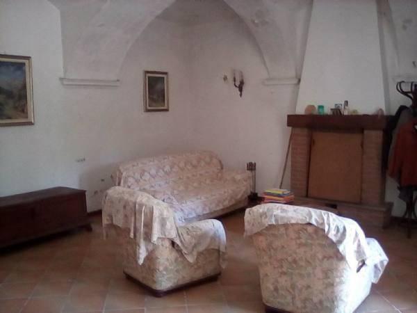 Rustico / Casale in vendita a Cocconato, 7 locali, prezzo € 290.000 | CambioCasa.it