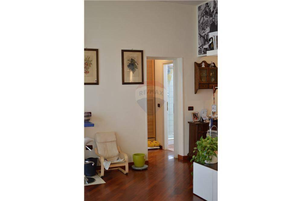 Appartamento in ottime condizioni in vendita Rif. 7520536