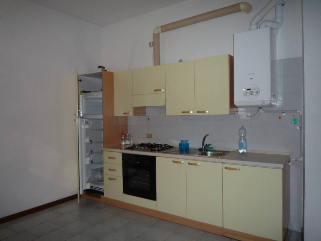 Appartamento in ottime condizioni arredato in affitto Rif. 7859591
