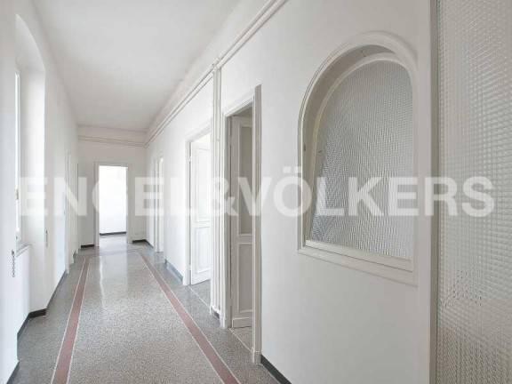 Appartamento in ottime condizioni in affitto Rif. 7520534