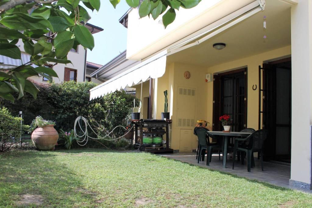Appartamento in ottime condizioni in vendita Rif. 7692915